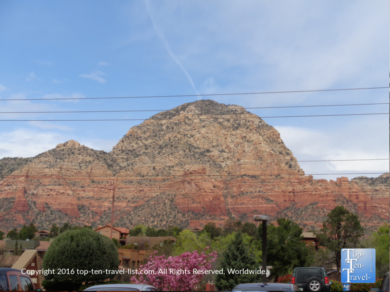Great views of Sedona's red rocks from Java Love Cafe