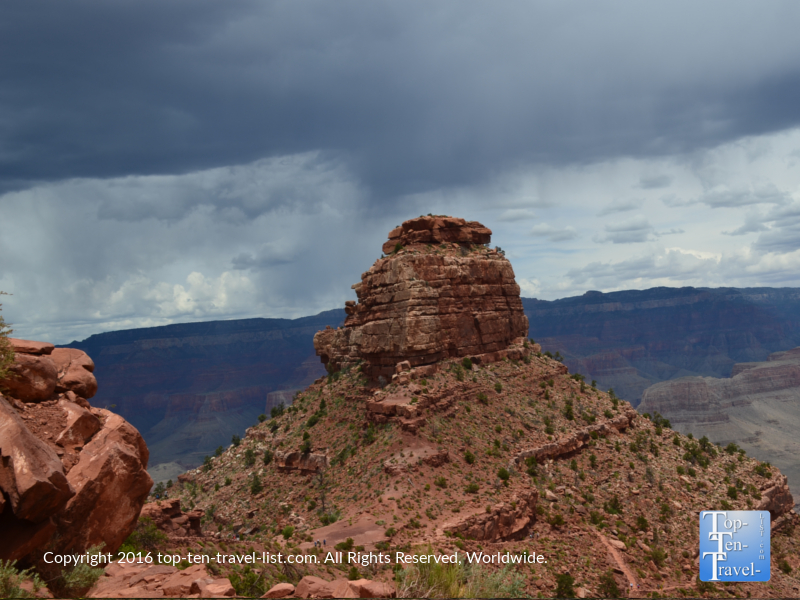 Overcast day near Cedar Ridge on the Kalibab Trail at the Grand Canyon