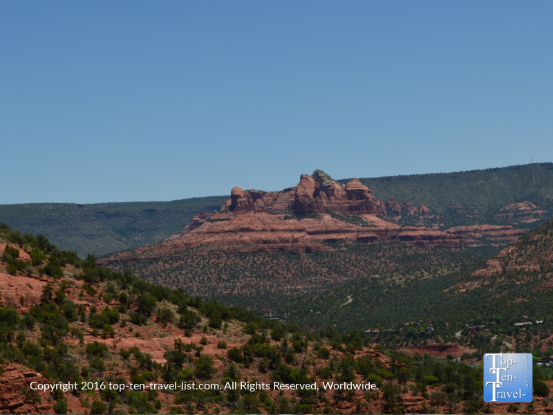 Pretty views of the red rock formations from the Sedona Airport Loop trail