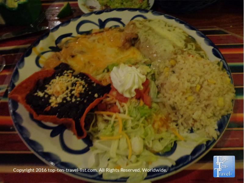 Vegetarian combo plate at Casa Guadalajaro in San Diego CA
