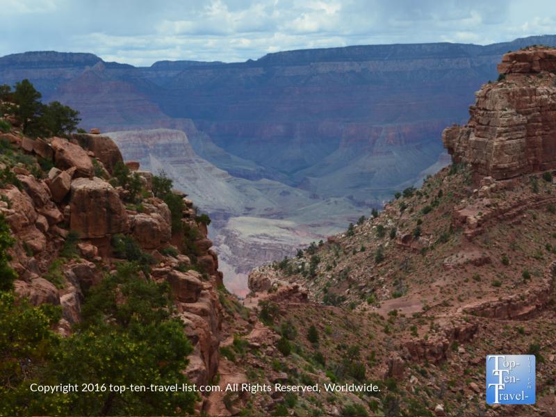 Views near Cedar Ridge the Kalibab Trail Grand Canyon
