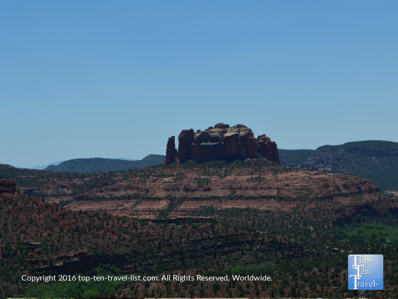 Views of Cathedral Rock fromt he Airport Mesa loop hiking trail in Sedona aZ