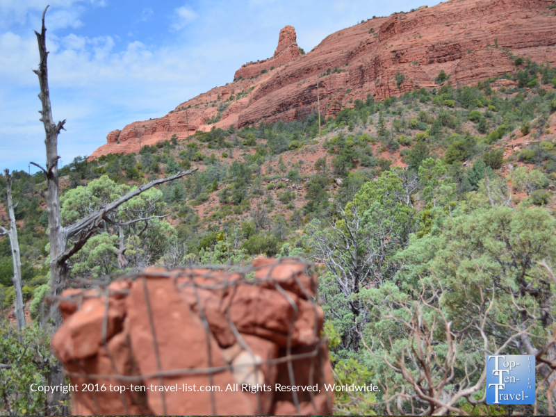 Follow the cairns on the Wilson Canyon trail in Sedona AZ