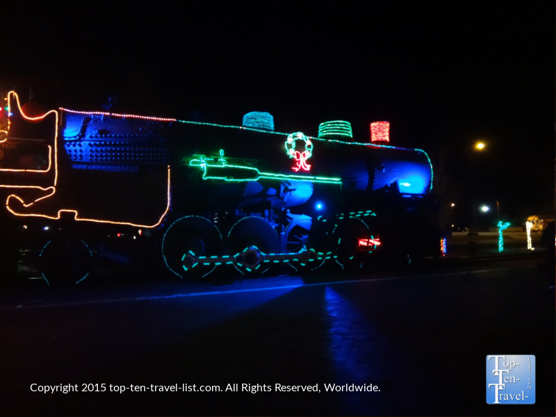 The Grand Canyon Railway decorated for the holidays