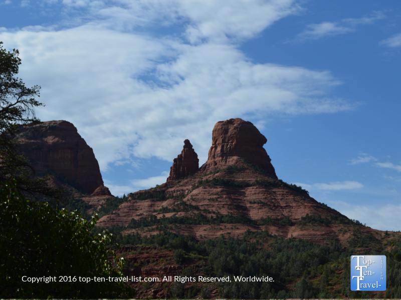 Great red rock views from the Wilson Canyon trail in Sedona AZ