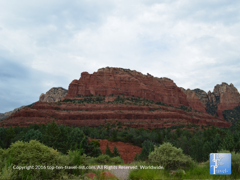 Outstanding views on the Jim Thompson trail in Sedona AZ