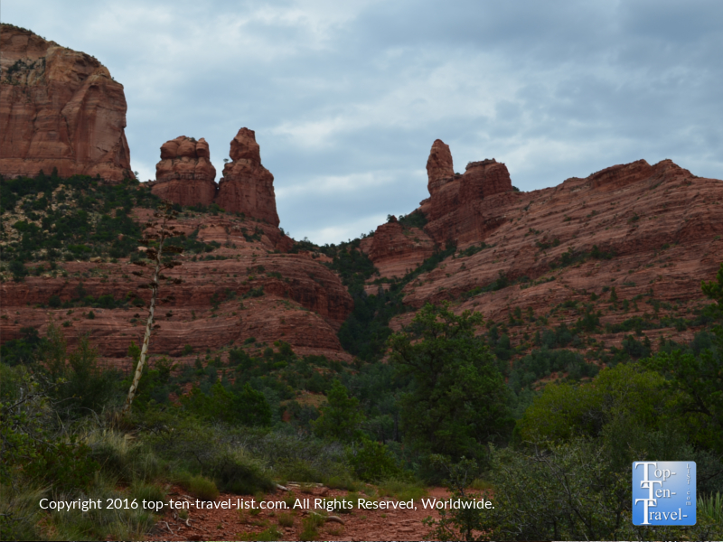 Steamboat rock formation seen from the Jim Thompson trail in Sedona AZ