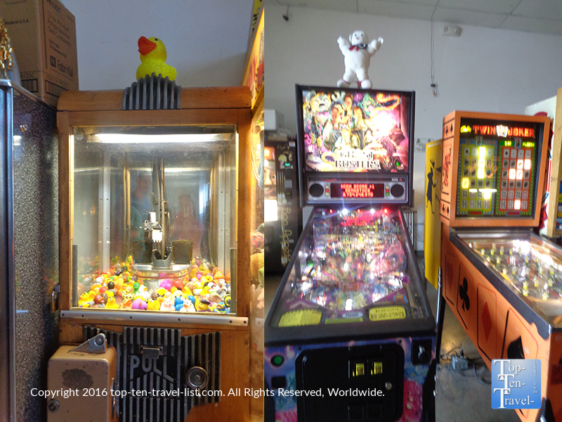 ghostbusters-pinball-machine-at-the-pinball-hall-of-fame-in-vegas