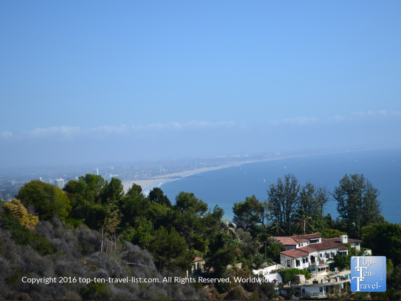 nice-views-of-the-coast-from-the-los-liones-trail-in-los-angeles-ca
