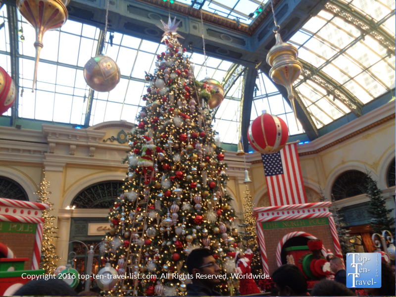 Christmas tree at the Bellagio Gardens