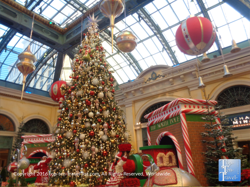 Pretty Christmas display at the Bellagio in Las Vegas