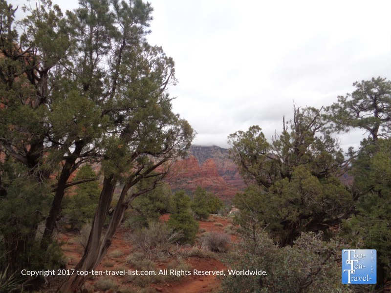 Views of the red rock formations along the Teacup Trail in Sedona AZ
