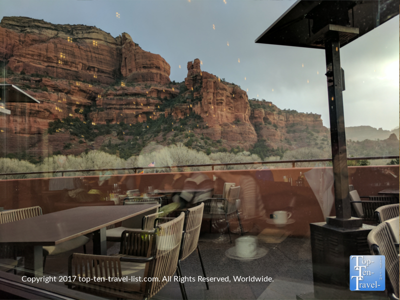 Dining with gorgeous red rock views at Che Ah Chi in Sedona AZ
