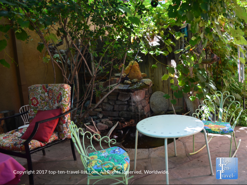 Garden patio at Chocolatree in Sedona AZ