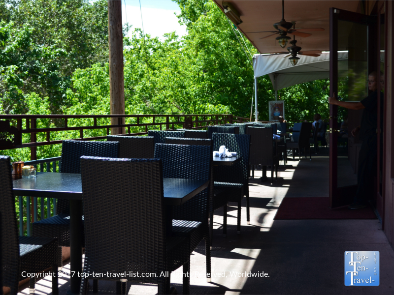 Leafy patio at Creekside restaurant in Sedona AZ