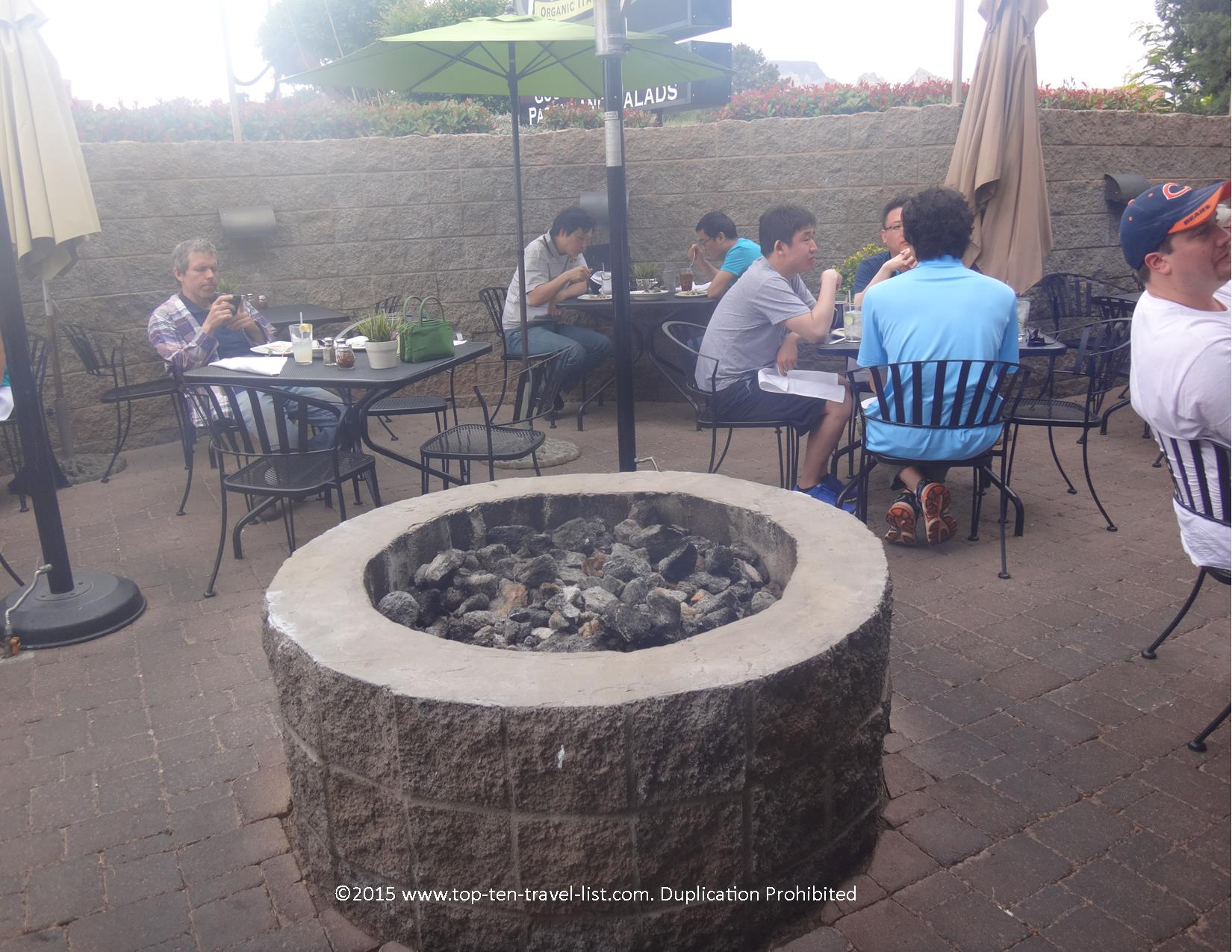 Outdoor dining at Picazzo's in Sedona, Arizona