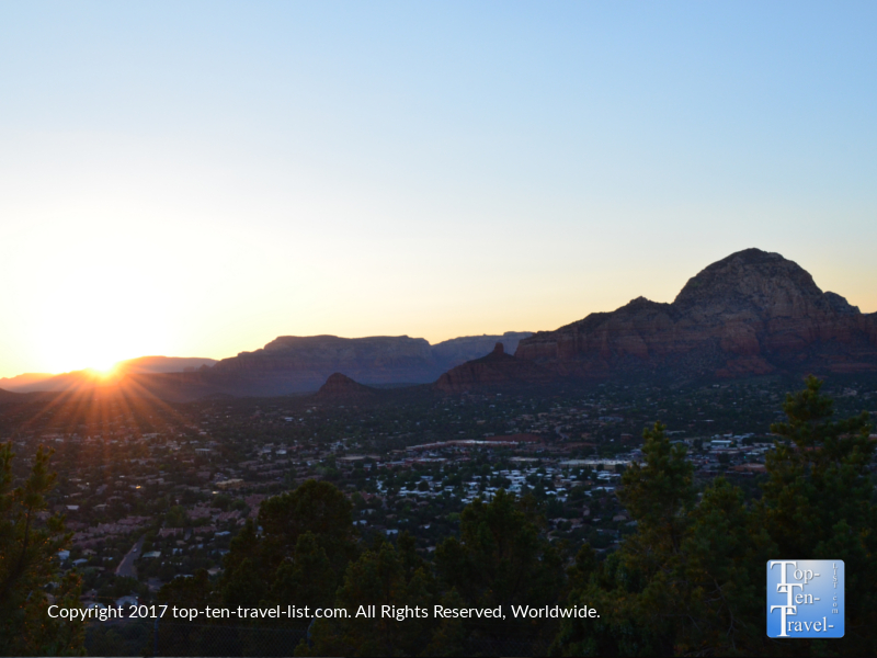 A beautiful Sedona sunset from the Airport Mesa overlook