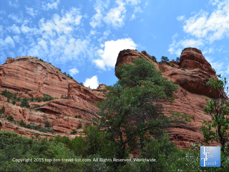 Gorgeous red rock scenery along the Fay Canyon trail in Sedona, Arizona
