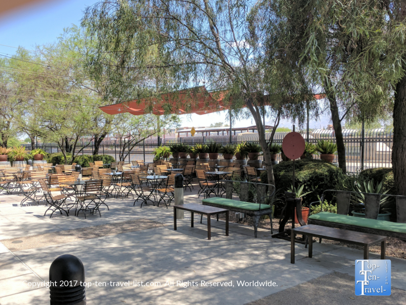 Nice patio at Maynards in Tucson AZ