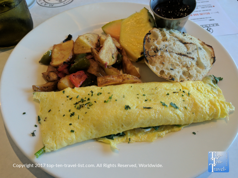 Omelet at Maynards in Tucson AZ