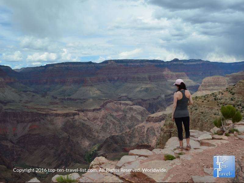Looking at the mag scenery at Skeleton Point along the Kalibab Trail at the Grand Canyon