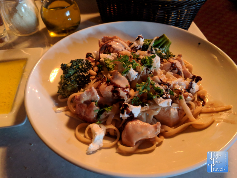 Pasta Primavera at Mama Mia in Portland, Oregon