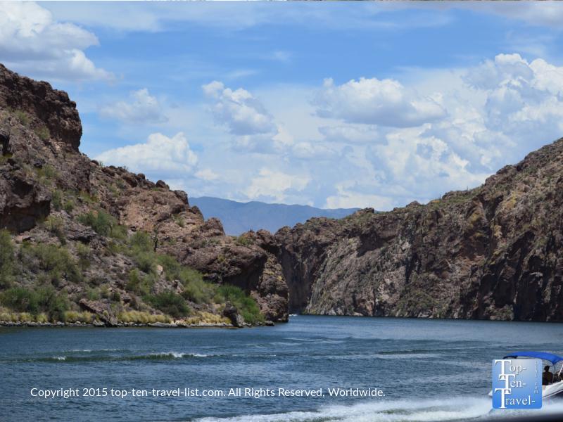 Enjoying the pretty mountain scenery at Saguaro Lake near Mesa, Arizona