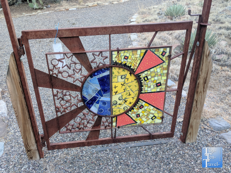 Art display at the Bear Mountain Lodge in Silver City, New Mexico