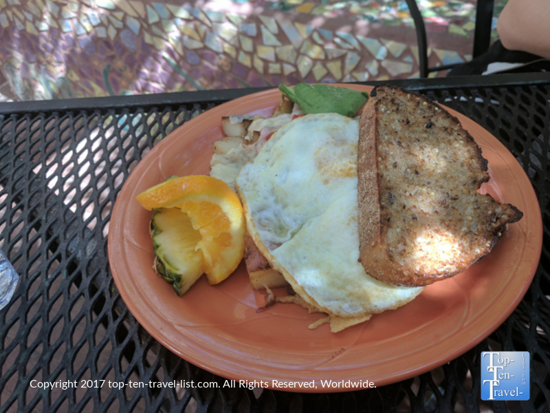 Delicious market skillet and homemade bread at Cafe a la C'Art in Tucson, Arizona