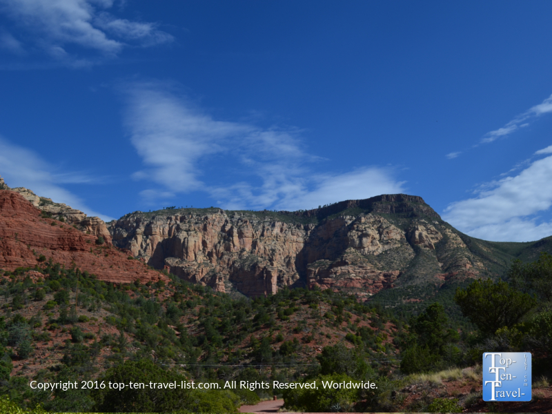 Gorgeous scenery from the Wilson Canyon trail in Sedona, Arizona