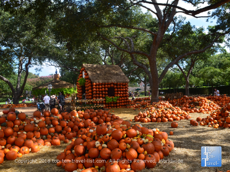 2018 Pumpkin Village at the Dallas Arboretum