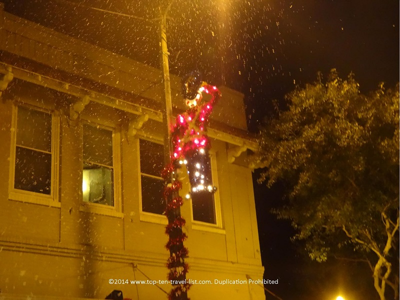 Snow in Florida - There's Snow Place like Tarpon Springs annual event