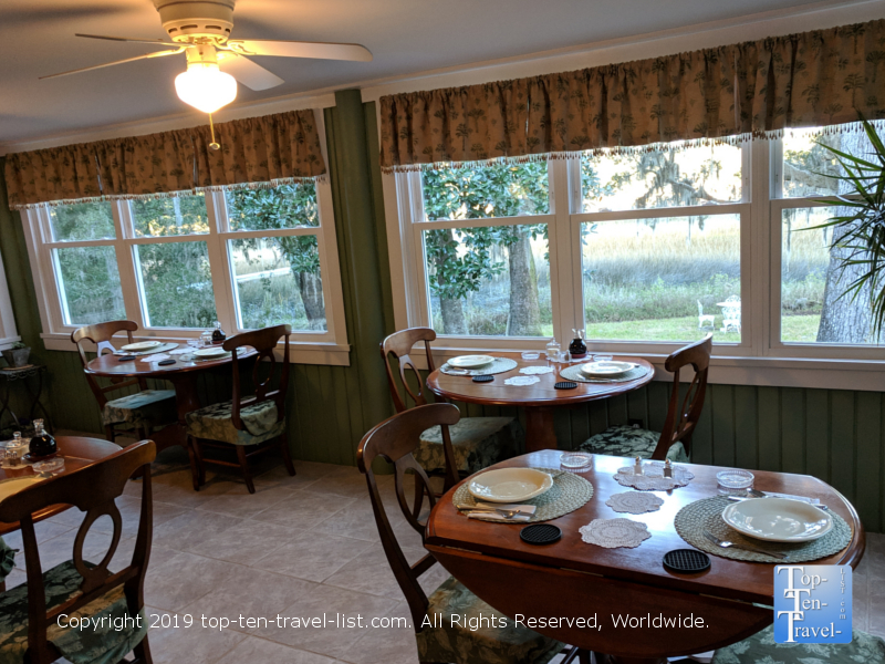 Beautiful dining room at the Plantation Oaks Inn in Mt. Pleasant SC