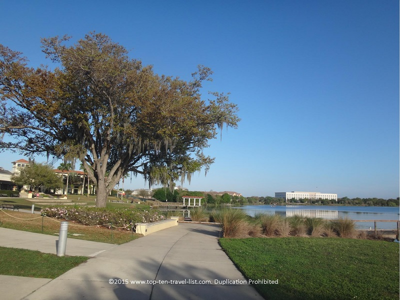 Lake Baldwin bike trail in Orlando, Florida