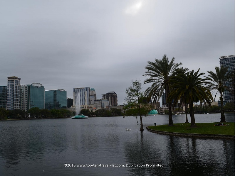 Beautiful views at Lake Eola park in Orlando, Florida
