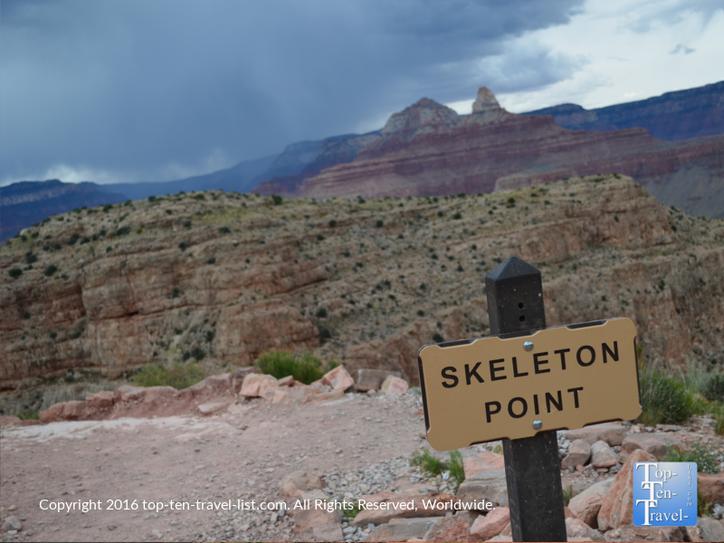 Skeleton Point along the South Kalibab trail at the Grand Canyon