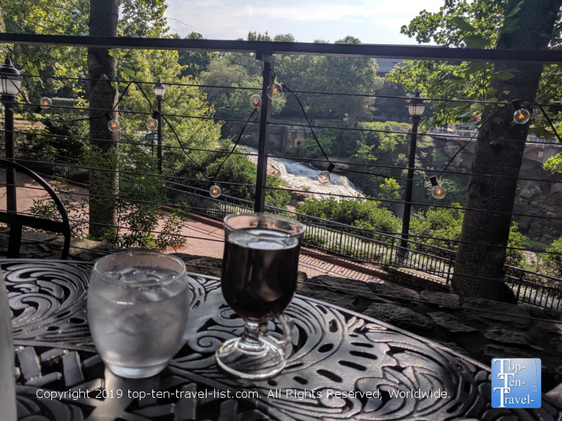 Breakfast with a view at Passerelle Bistro in downtown Greenville, South Carolina i