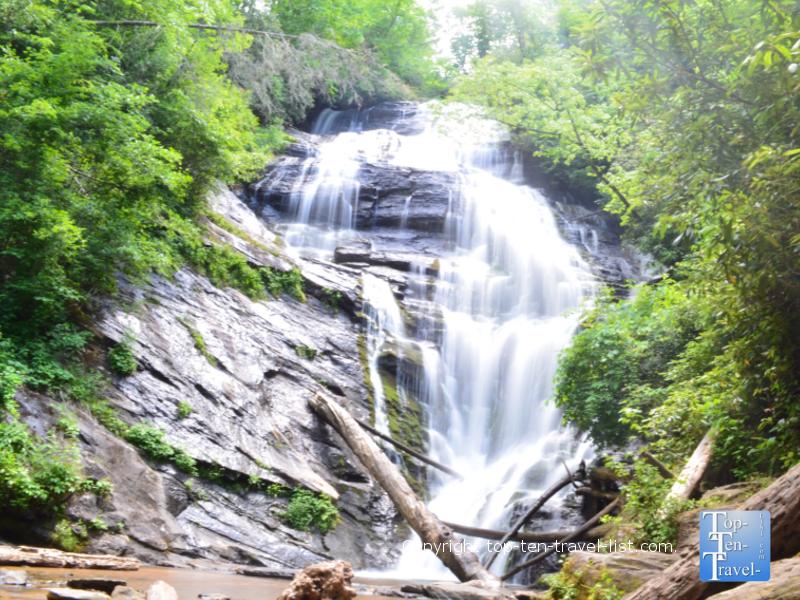 Kings Creek waterfall in South Carolina