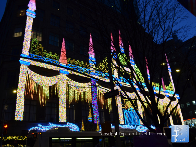 Saks Fifth Avenue light show in New York City