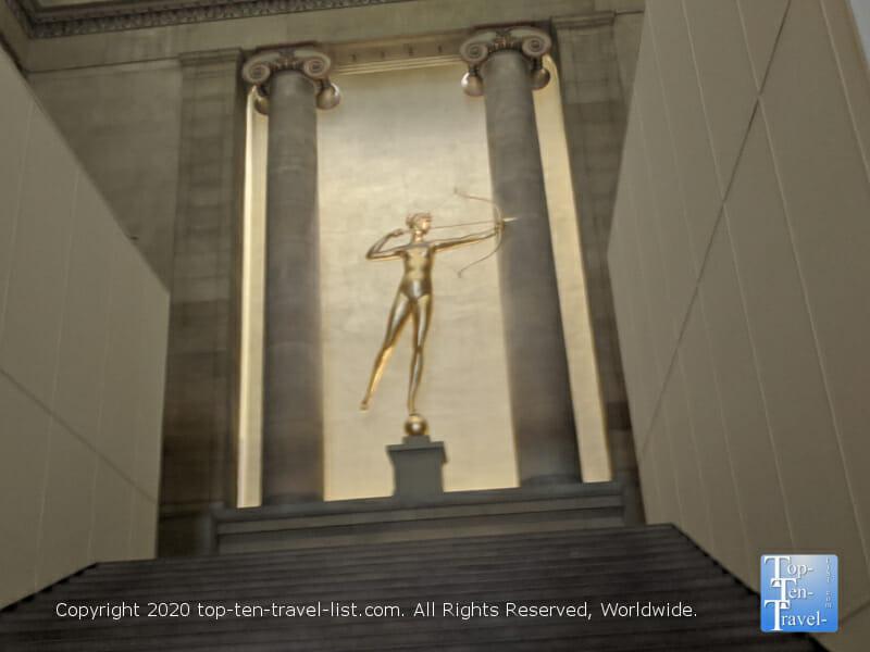 Gilding Diana at the Philadelphia Museum of Art
