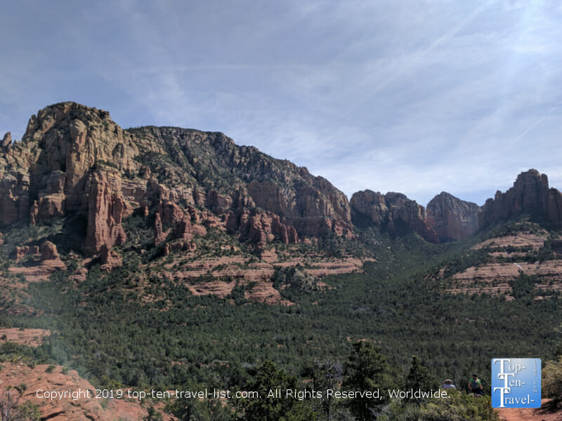 Amazing overlook of the red rocks along the Brins Mesa trail in Sedona, Arizona