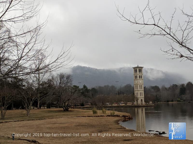Gorgeous Swan Lake trail at Furman University in Greenville, South Carolina