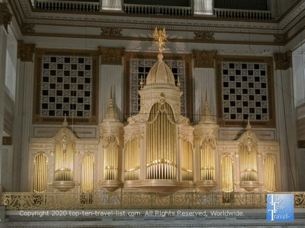 Wannamker Organ at Macy's in Center City Philadelphia