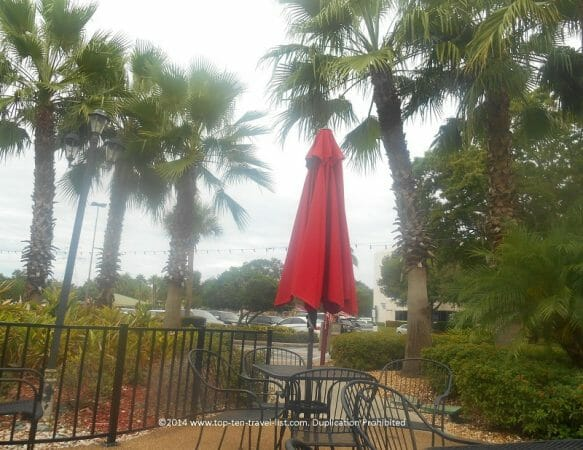 Outdoor dining patio at East Lake Cafe in Palm Harbor, Florida