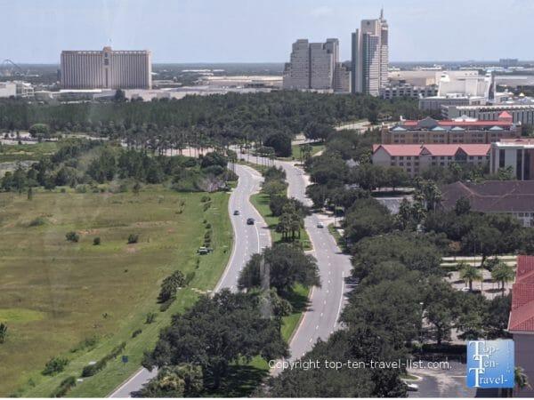 Scenic nature view via the Icon Park Ferris Wheel in Orlando, Florida
