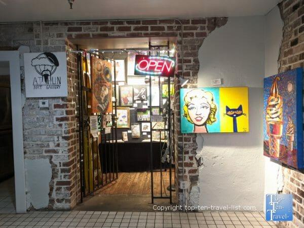 The colorful A.T. Hun art gallery in Savannah, Georgia