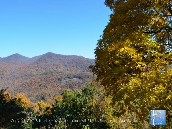 Autumn along the beautiful Blue Ridge Parkway in Western North Carolina