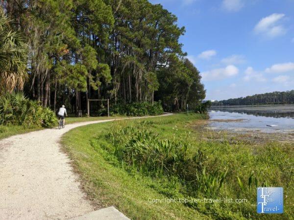 The beautiful John S Taylor lakeside biking path in  Largo, Florida