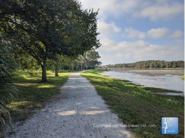 Lakeside jogging/biking path at John S. Taylor Park in Largo, Florida