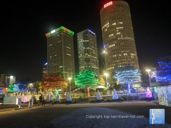 Festive synchronized light show in downtown Tampa, Florida